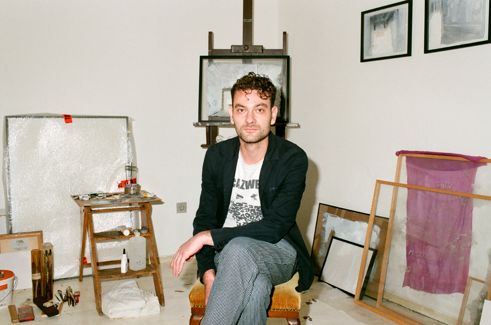 Daniel-laufer-in-his-studio.-Photo-©-Maxime-Ballesteros