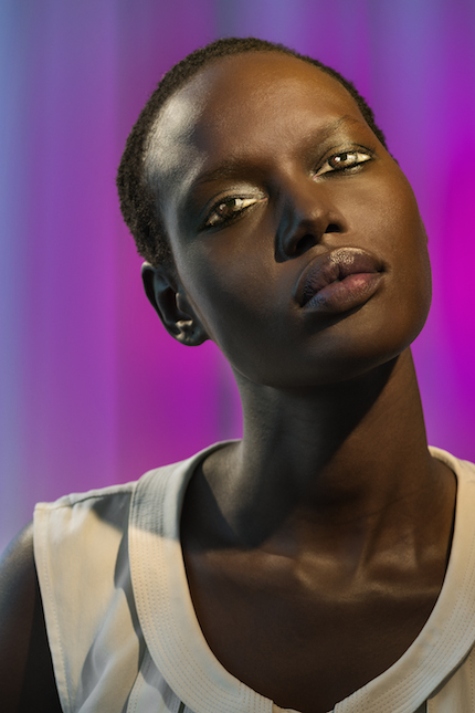 Laurie Simmons, How We See/Ajak (Violet), 2015. Pigment print, 70 x 48 (178 x 122 cm). Copyright Laurie Simmons, courtesy the artist and Salon 94.