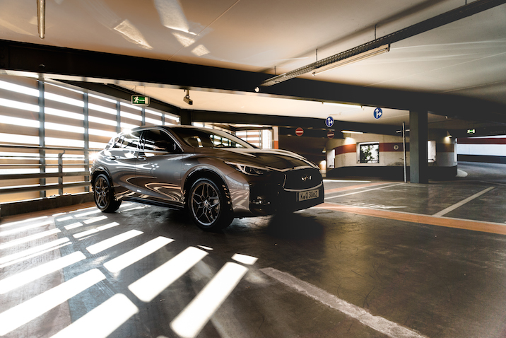 Michael Schulz's photo journey with the Infiniti Q30 in Berlin