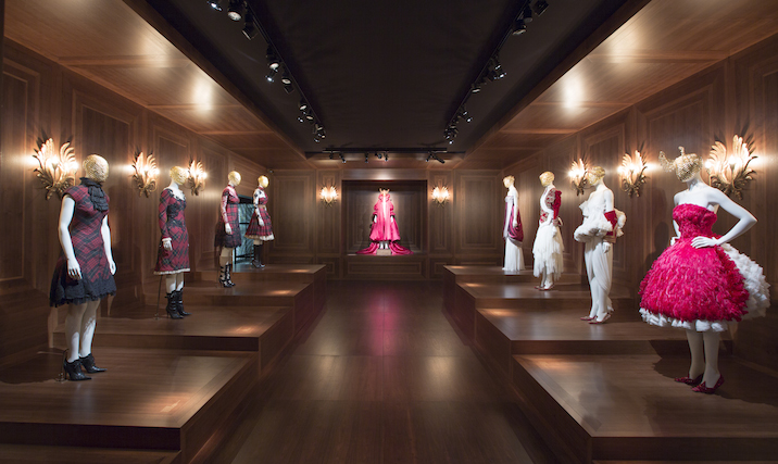 Installation_view_of_the_Romantic_Nationalism_gallery_Alexander_McQueen_Savage_Beauty_at_the_VA_c_Victoria_and_Albert_Museum_London