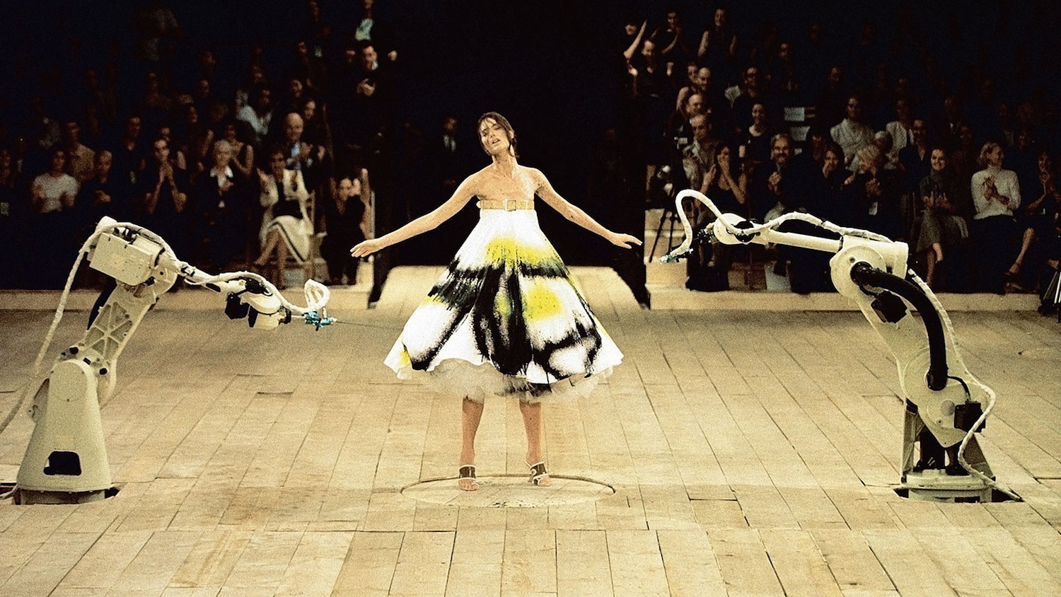 Wearable Tech: Alexander Mcqueen SS99