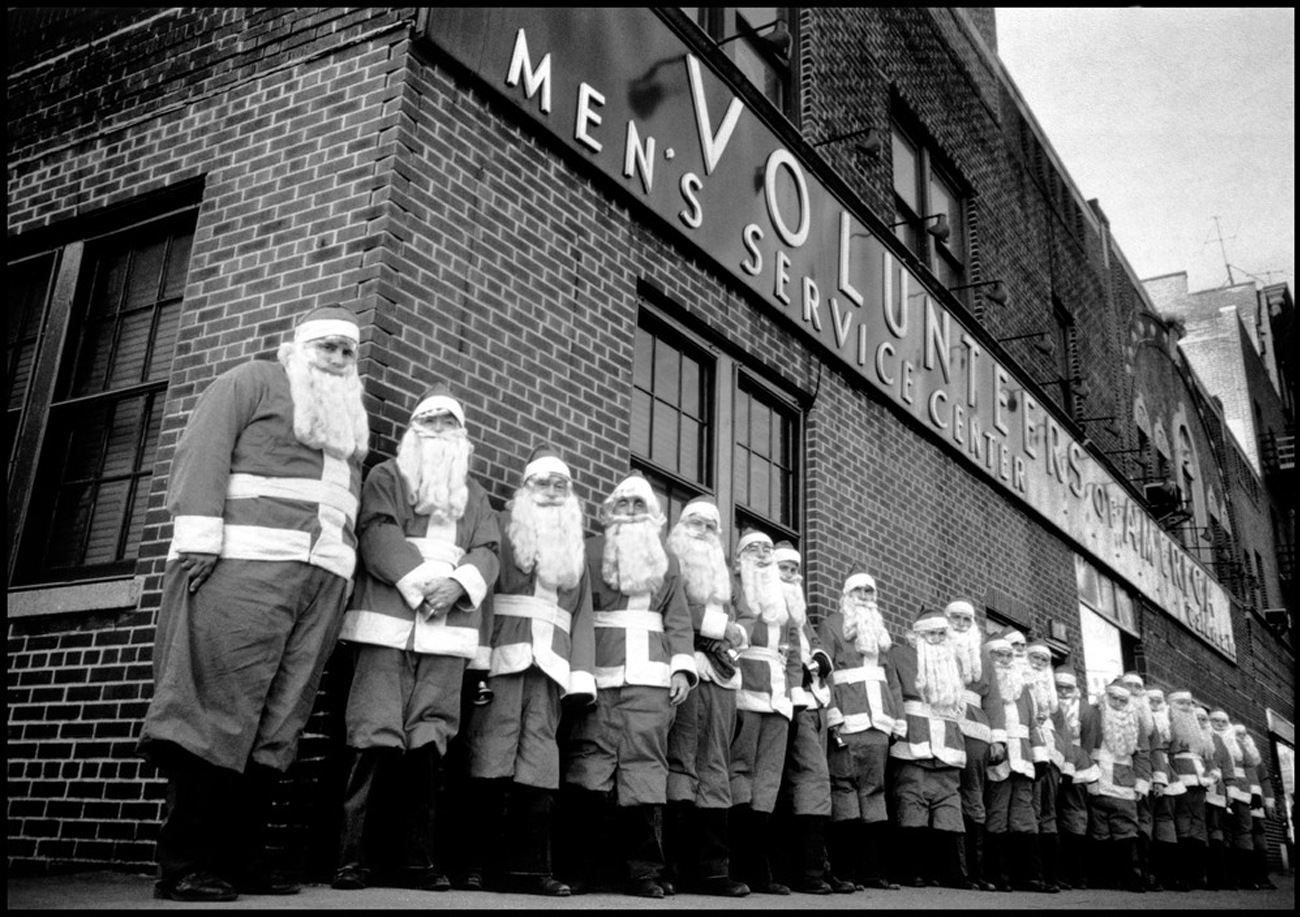 Dennis Stock USA. New York City. 1961. Men of the Volunteers of America gather in front of their service center before the Christmas season.