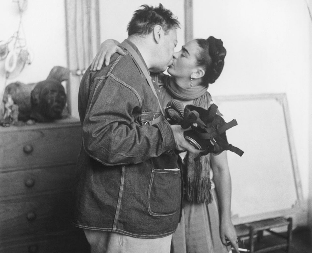 Diego Rivera and Frida Kahlo. Image from theredlist.com