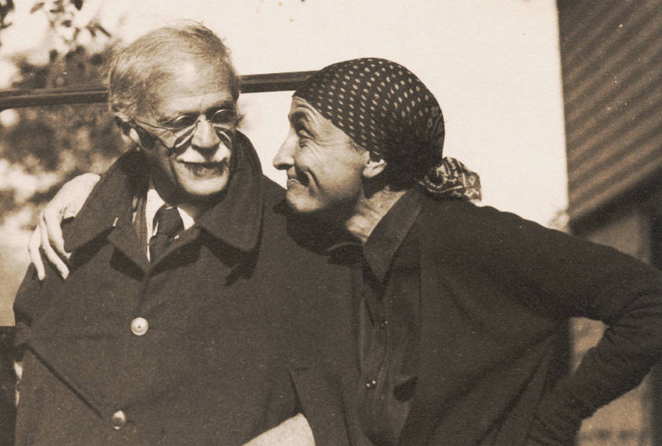 Alfred Stieglitz and Georgia O'Keefe. Image from huffingtonpost.com