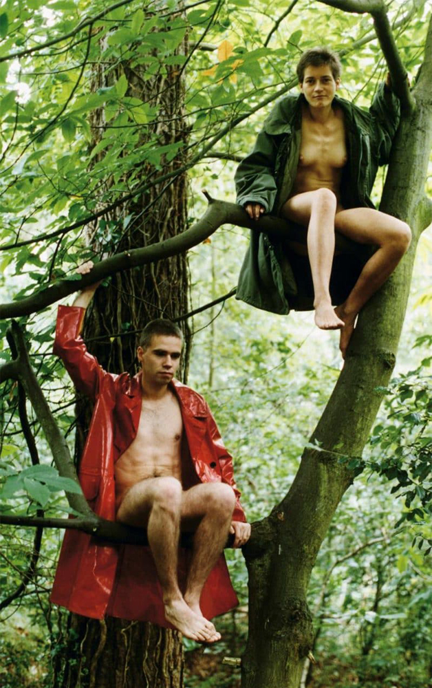 Alex and Lutz Sitting in the Trees, 1992. Image from telegraph.co.uk