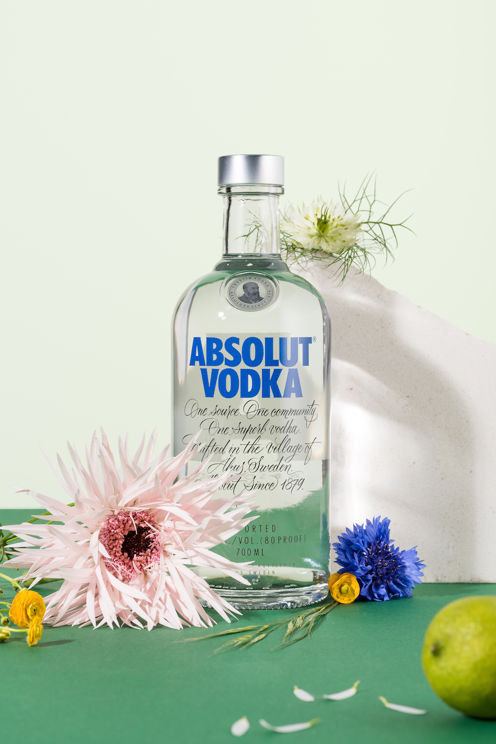 Sleek Midsummer Absolut Vodka Cocktails